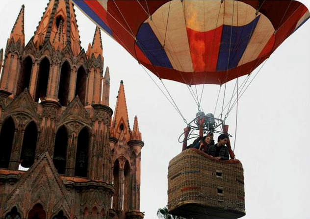 Romantic Spots In San Miguel de Allende - Hot Air Balloon Ride